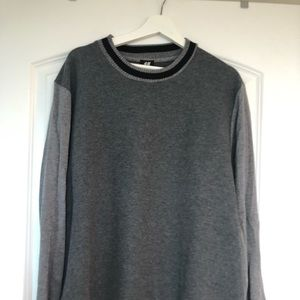 H&M sweater/sweatshirt